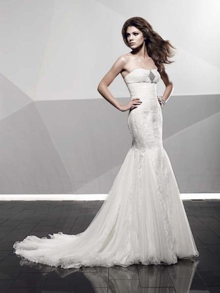 Изобр по > Модели В Свадебных Платьях