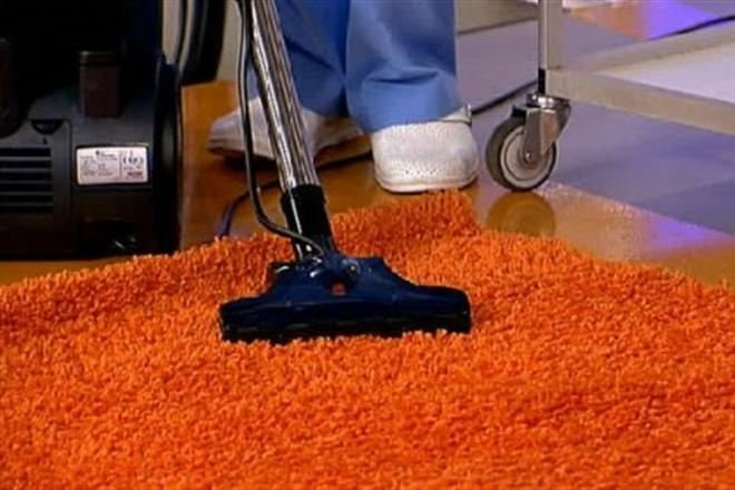 Почистить ковер в домашних условиях без пылесоса